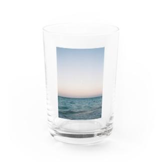 morning glow Water Glass