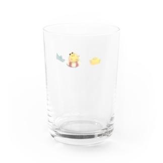 浮かぶ、かわいいひよこ Water Glass