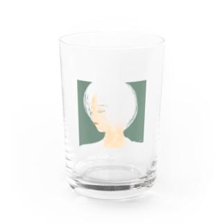 ボブの女の子 Water Glass