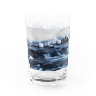 氷流 Water Glass