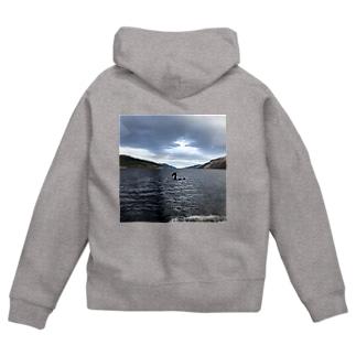 ネス湖の伝説 Zip Hoodies