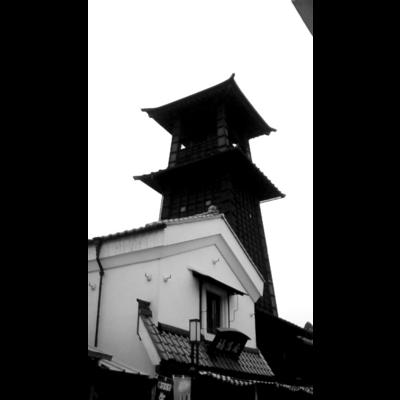 時の鐘 モノクロ
