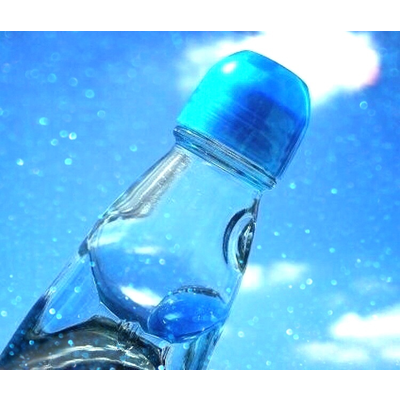 ラムネと青空