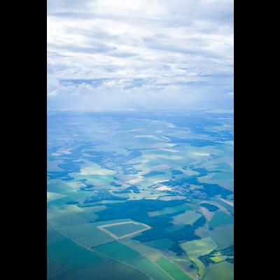 雲と田畑 空