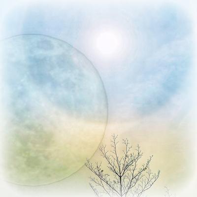 【月と太陽のささやき】