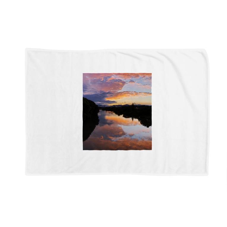 sol_JのIRUMA_River TOYOMIZU Blankets