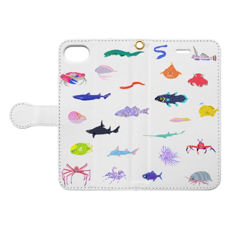 kyotsubeのカラフル深海生物 Book-style smartphone caseを開いた場合(外側)