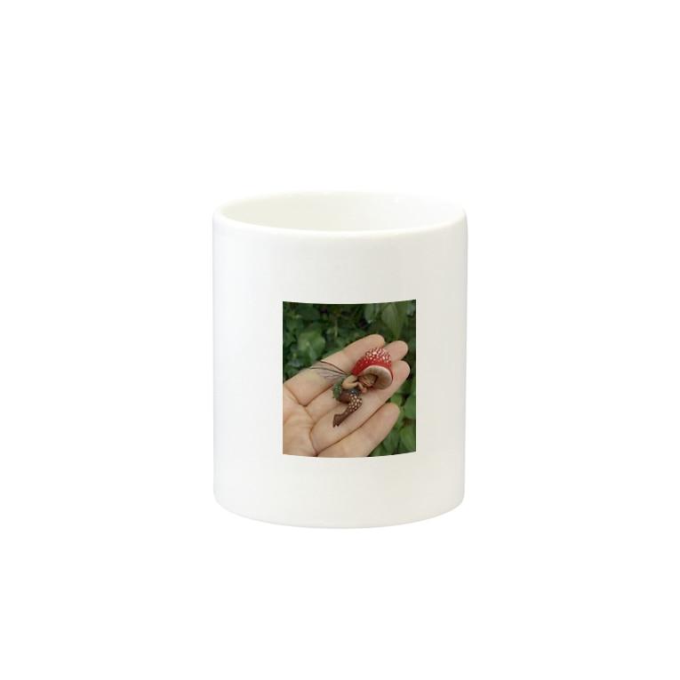 PeterPan@syndromのリアルティンカーベルマグカップ Mugsの取っ手の反対面