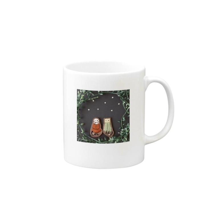 ムムリク舎の紙ブクロくんとゴミブクロちゃんのマグカップ Mugsの取っ手の右面