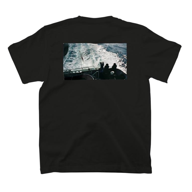sayuri shirakiのママ② T-shirtsの裏面