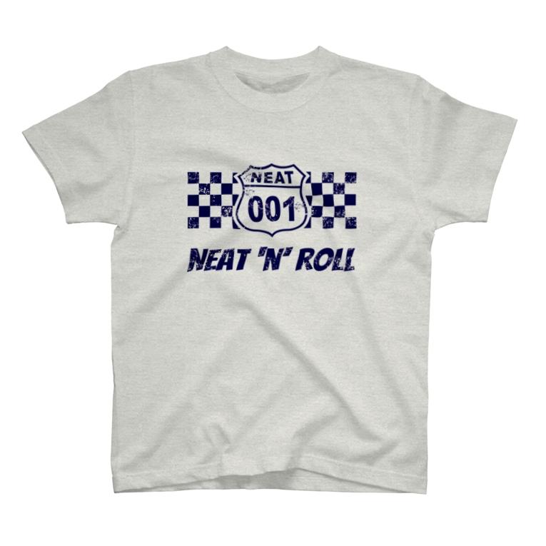NEAT001のNEAT001ロゴ+チェッカーフラッグ (淡色生地用) T-shirts