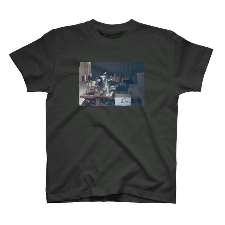 SAGO-PESHIROのDAKグラフィックTシャツ T-shirts