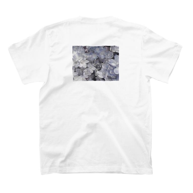 萌の8月のDelphinium T-shirtsの裏面