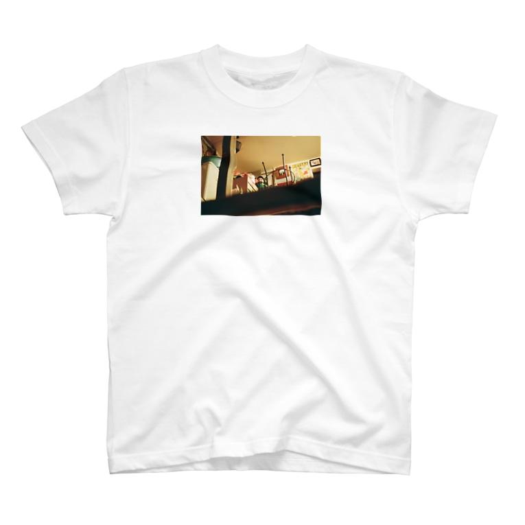 Shogo Hirokiの潜むキューピー? T-shirts