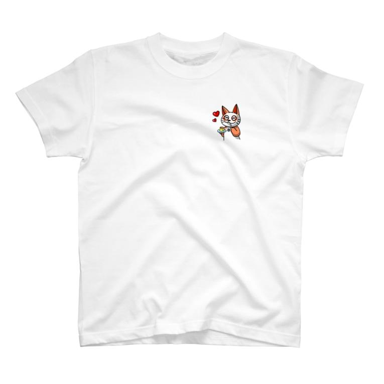 《オレンジ色のブチねこヨぱん》公式オンラインショップのプリンを食べるヨぱん T-shirts