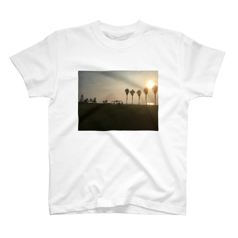 Genki is Bleach Addict😈のSunset T-shirts