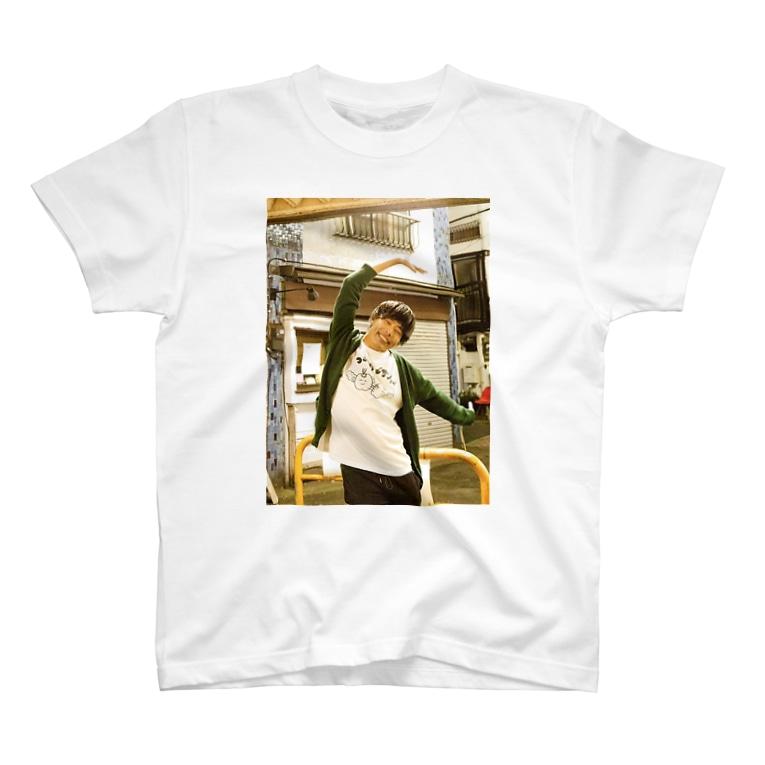 サツマカワRPGのサツマカワRPGがつらいけどサンバを着てハシャいでる T-shirts
