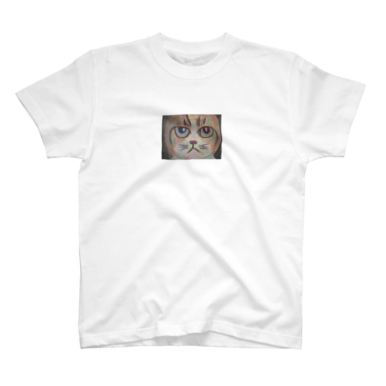カズイのネコアートの丸顔の猫Tシャツ T-shirts