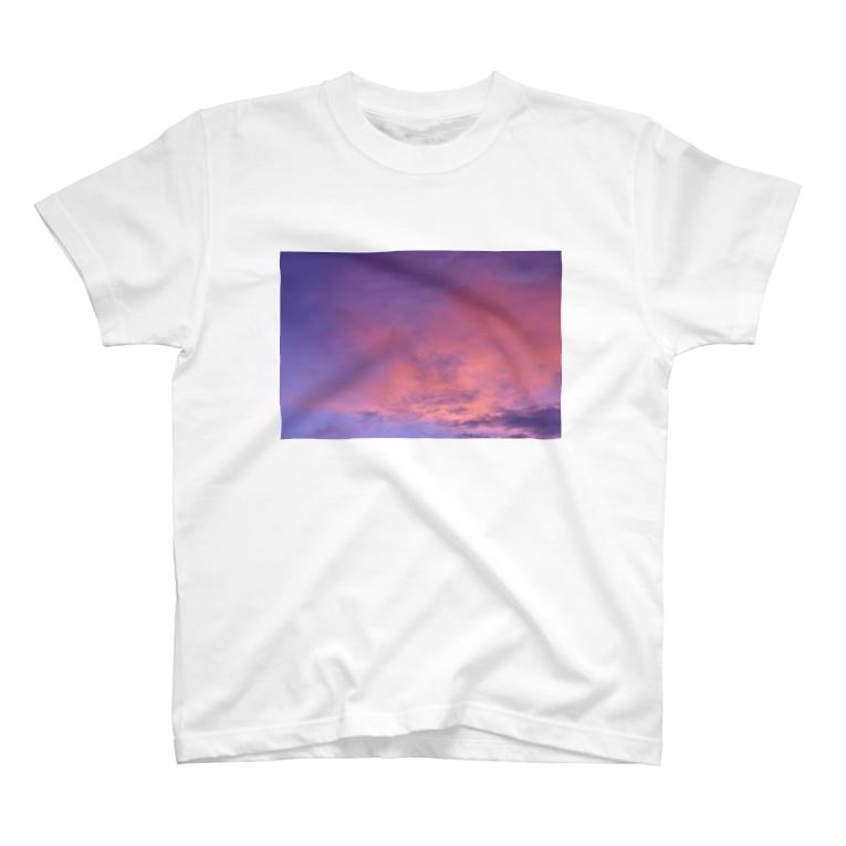 Scene_Sniperのラオス ルアンパバーンの夕日001 T-shirts