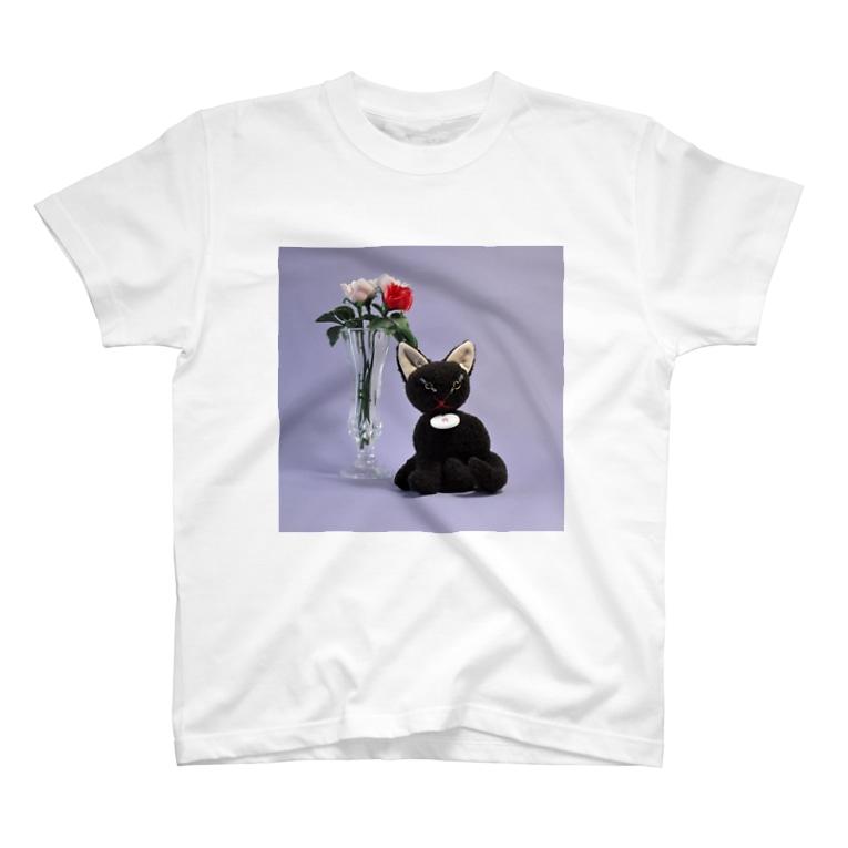 gyunyuyaのくろねこちゃん T-shirts