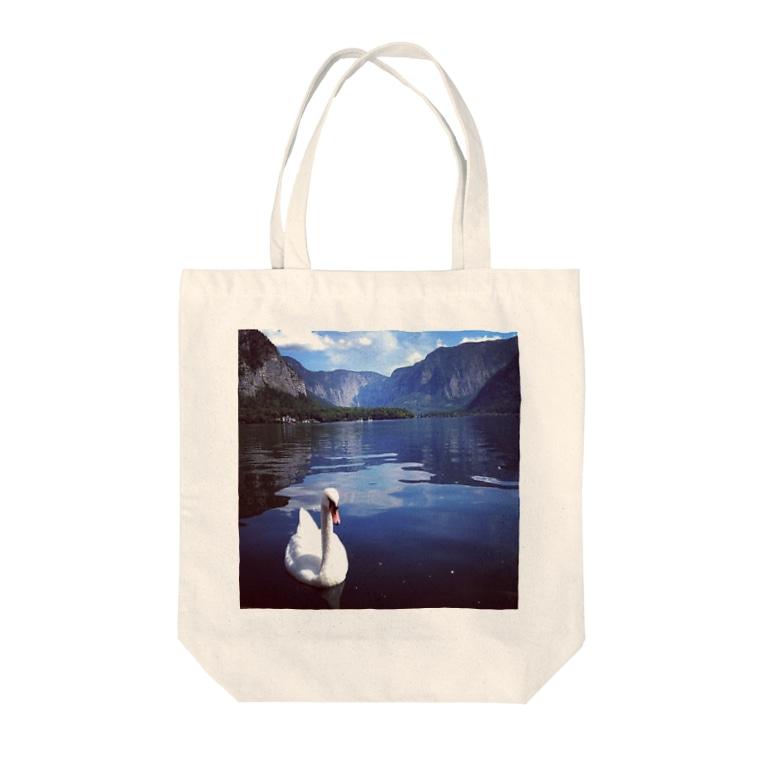 桜と月の白鳥 Tote bags