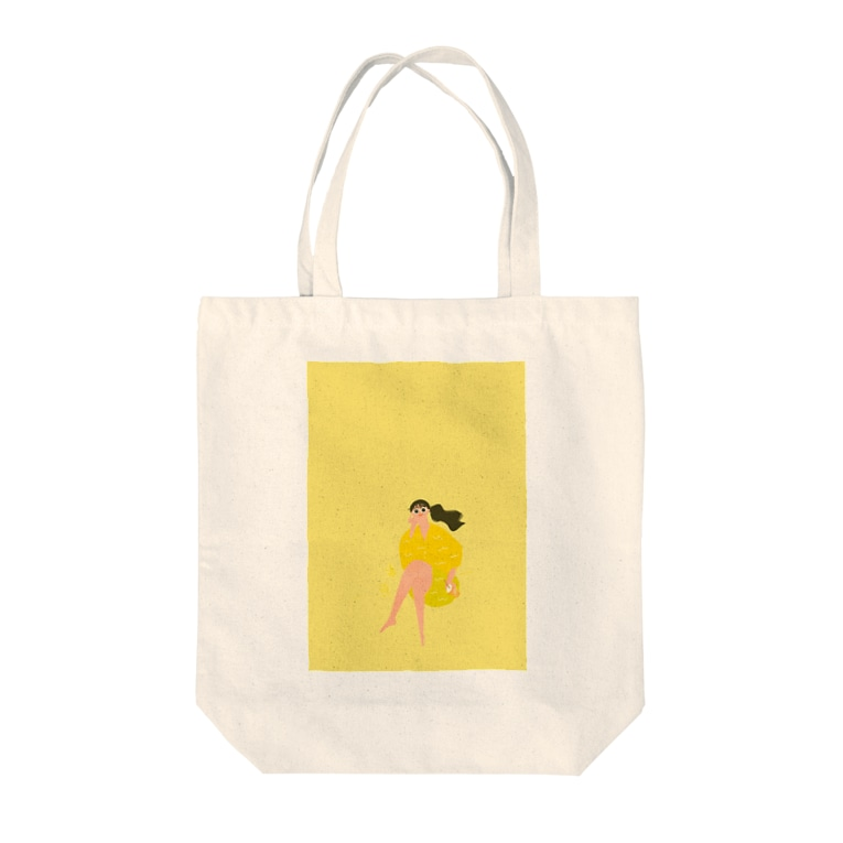 HANYU MIKI STOREのLady on vacation 濃いめイエロー Tote bags