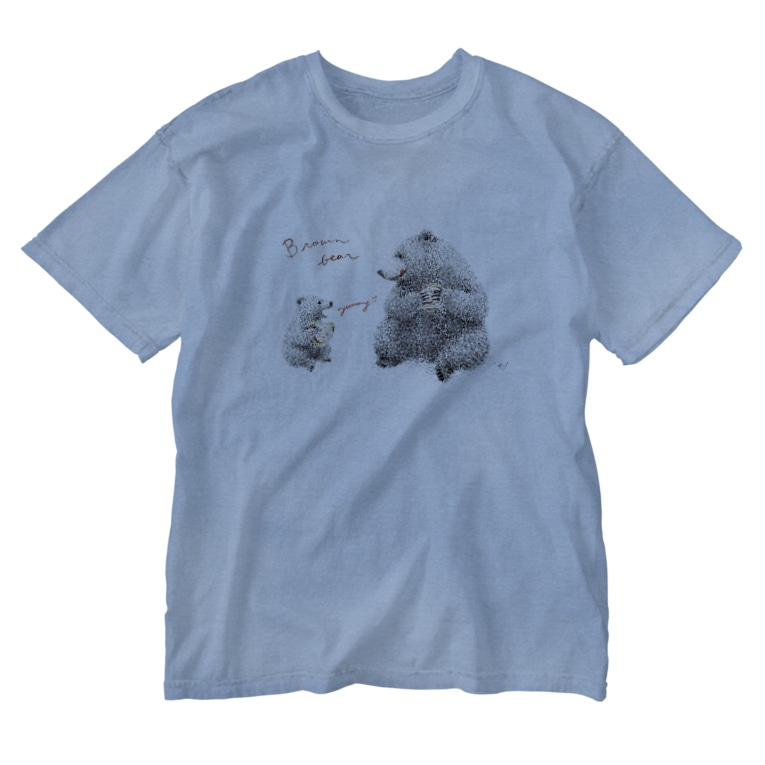 It is Tomfy here.のヒグマ親子とカンパーニュサンド Washed T-shirts