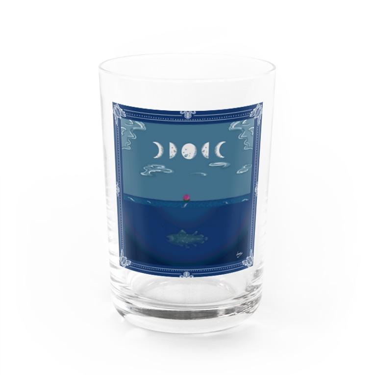 𝙽𝚘 𝚁𝚘𝚜𝚎 𝚆𝚒𝚝𝚑𝚘𝚞𝚝 𝙰 𝚃𝚑𝚘𝚛𝚗.の夜の海と月と薔薇とシーラカンス Water Glass